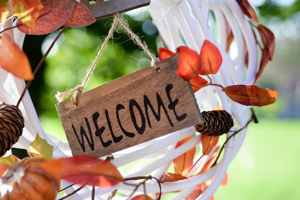 Top tips for an awesome Airbnb welcome letter or email