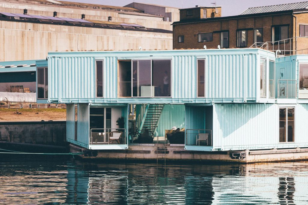 Houseboats: the perfect quirky Airbnb
